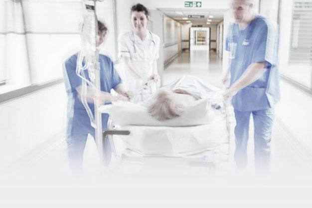 baleseti műtétek